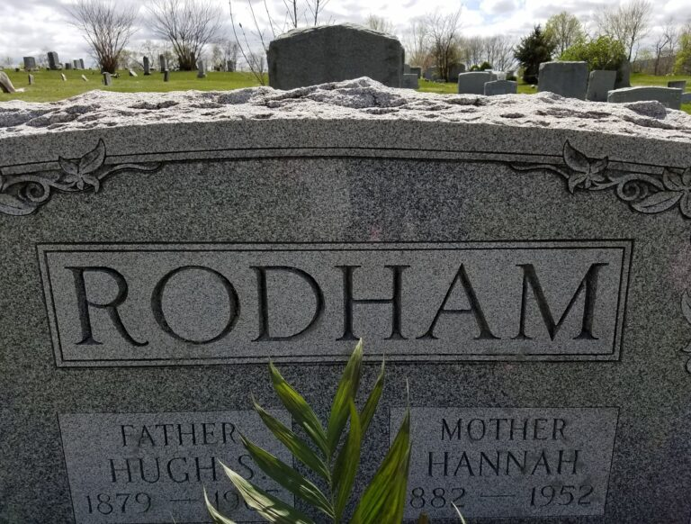 granite headstone from local memorial dealer to keep Houston headstone cost low